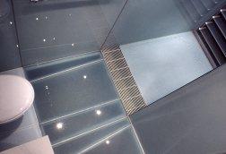 manning_en-suite - wc, glass floor + shower