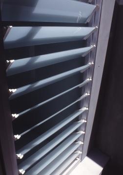 manning_en-suite - window detail from outside 2