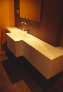 moss buswell_32 bathroom