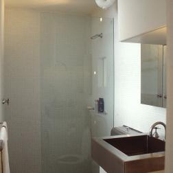 Perraton Apartment 27_bathroom_after_Stephen Varady Photo ©