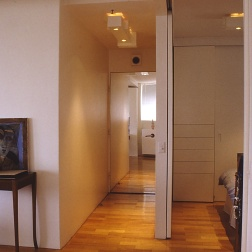 Perraton Apartment 36_view to entry 1_Stephen Varady Photo ©