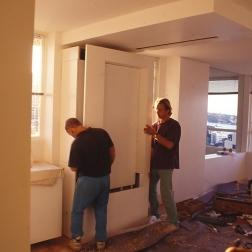 Perraton Apartment 47_installing table 4_Stephen Varady Photo ©