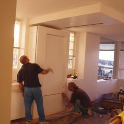 Perraton Apartment 48_installing table 5_Stephen Varady Photo ©