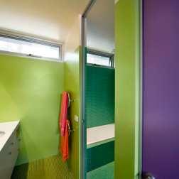 Fullagar Residence 26_children's bathroom_John Gollings Photo ©