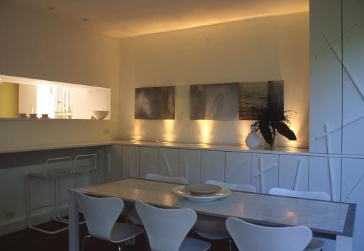 McCarthy Residence 08_dining area + breakfast bar_Stephen Varady Photo ©
