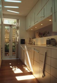 McCarthy Residence 09_kitchen_Stephen Varady Photo ©