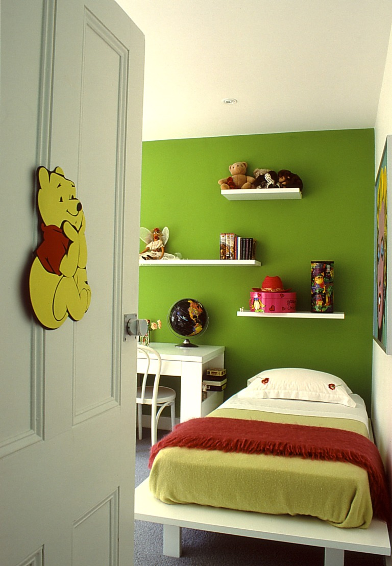 McCarthy Residence 16_daughter's bedroom_Stephen Varady Photo ©