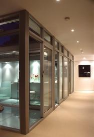 McCarthy Residence 43_glass courtyard + hallway_night_Stephen Varady Photo ©