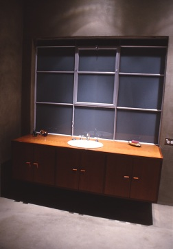 Slobom Residence #1_19_guest bathroom 2_Stephen Varady Photo ©