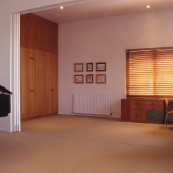 Slobom Residence #1_35_study + guest room_Stephen Varady Photo ©