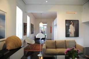 Hynes Apartment 06_living + dining_Stephen Varady Photo ©