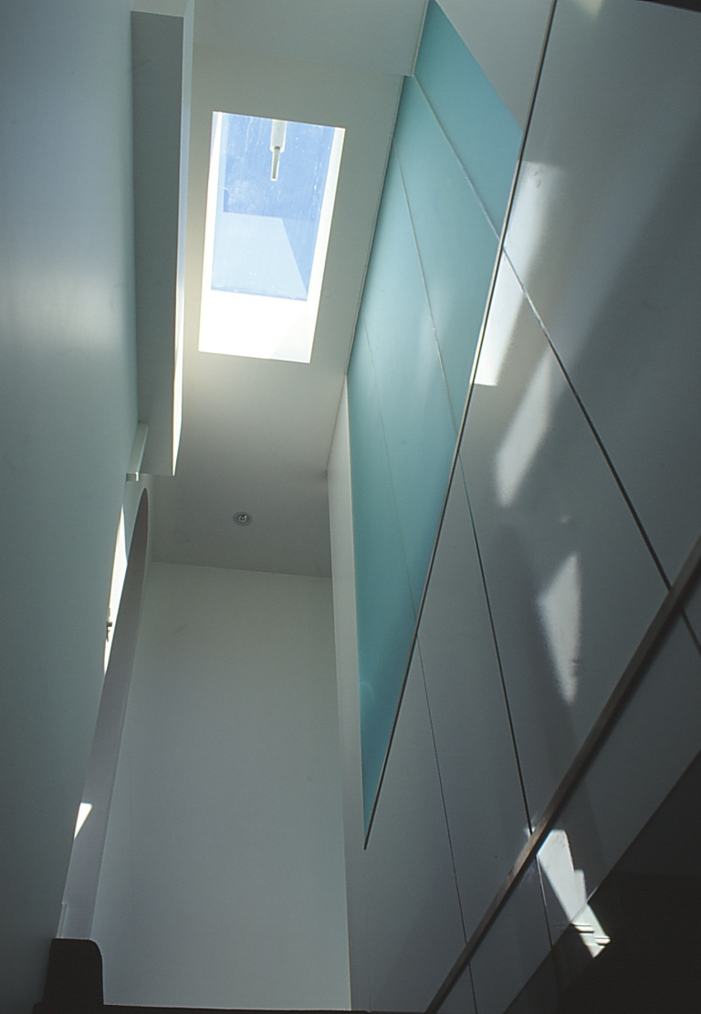 Pace McEwin Residence 32_stairwell_up_Stephen Varady Photo ©