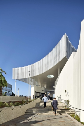 frankston station competition - winners genton architects - completed building 03