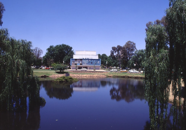wagga wagga civic centre competition 01