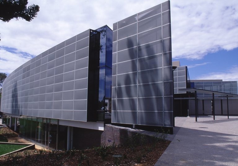 wagga wagga civic centre competition 18 - winning building complete