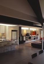 McEwin Pace Residence 13_kitchen + living_Stephen Varady Photo ©