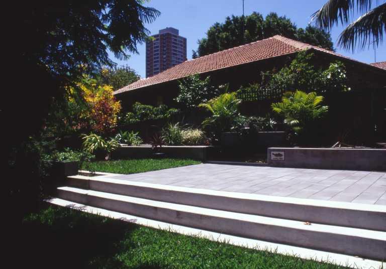McEwin Pace Residence 43_garden 3_Stephen Varady Photo ©