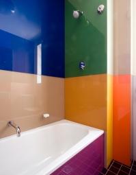 Porter Apartment 14_guest bathroom 2_Steve Back Photo ©
